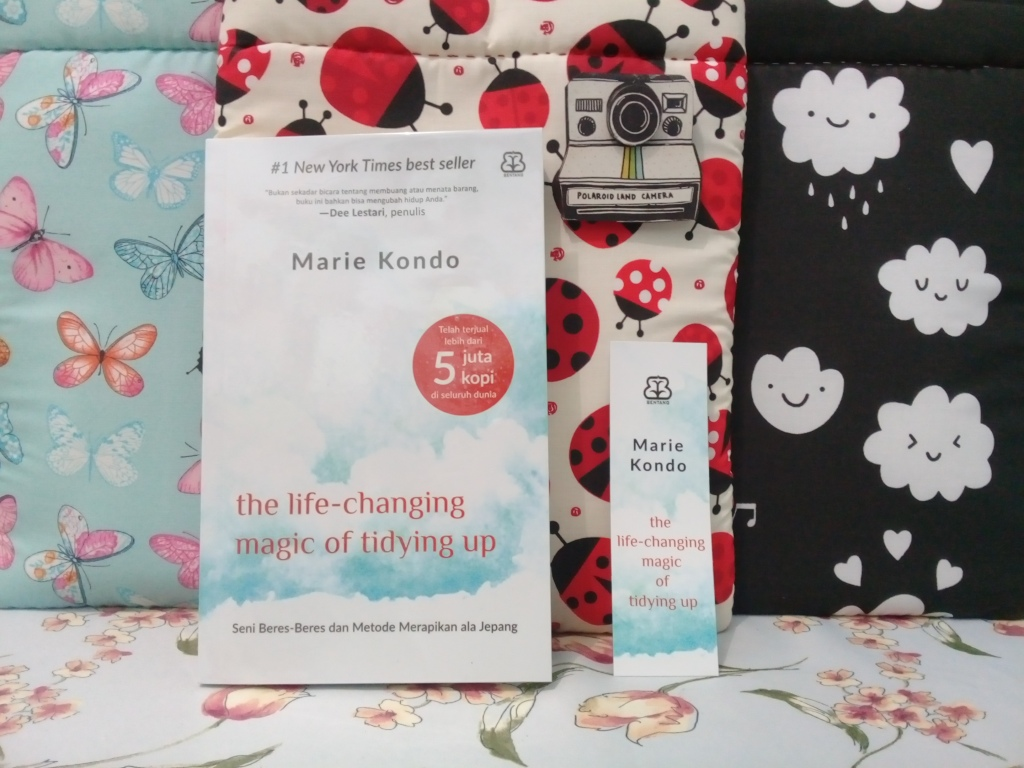 Cover buku Magic Of Tidying up Marie Kondo